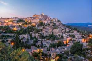 Gordes, Hill-top town in the Luberon Region, France