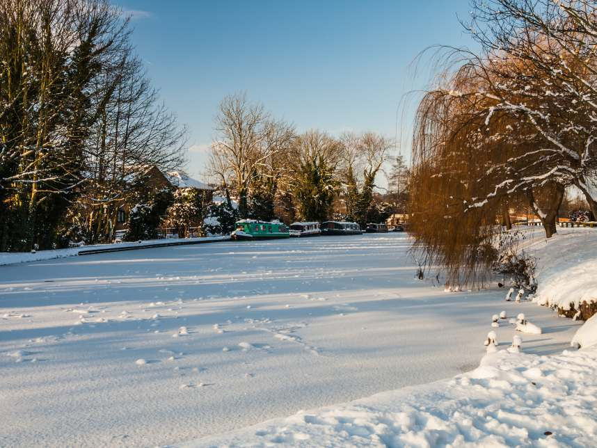 Grand Union Canal in Winter, Hertfordshire