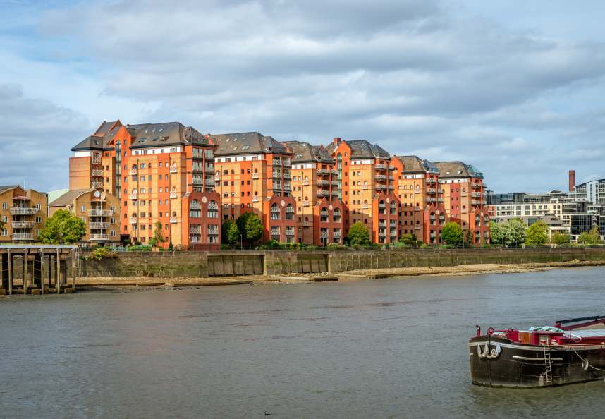 Apartments on the River Thames