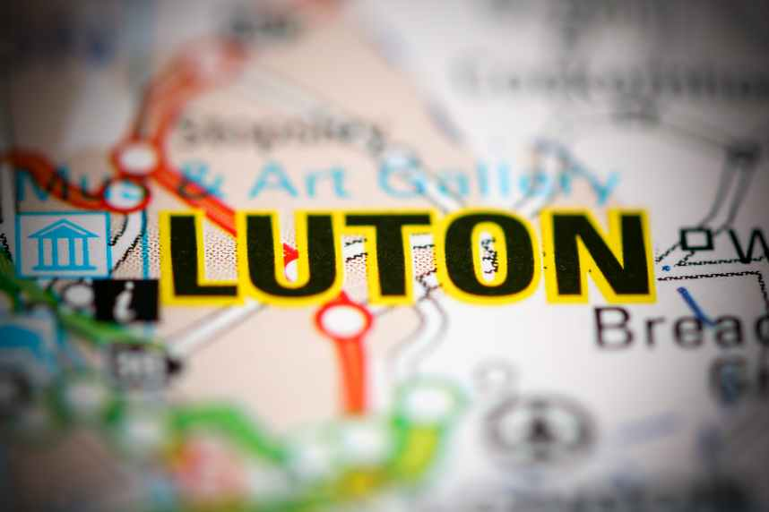 Luton on Map of UK